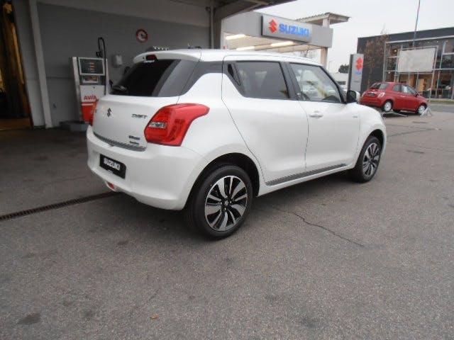 saloon Suzuki Swift 1.2/90 Hybrid 4x4 Tradizio Top