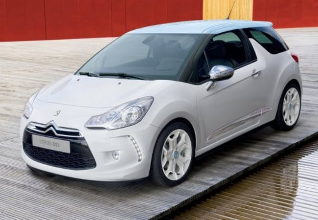 saloon DS Automobiles DS3 1.6 VTi SO Chic Automatic
