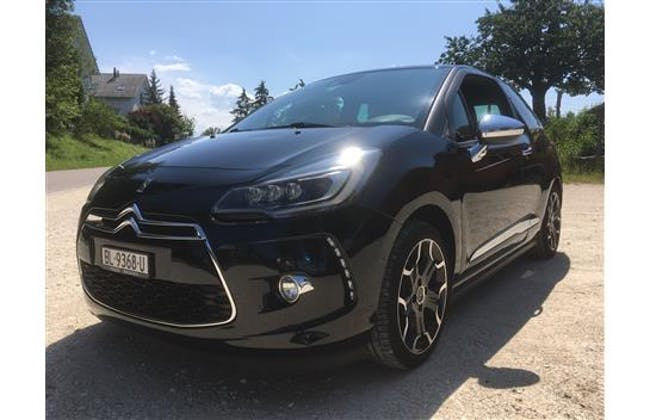 saloon DS Automobiles DS3 1.6 THP Sport Chic