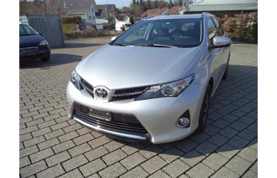 estate Toyota Auris Touring Sports 1.6 Luna