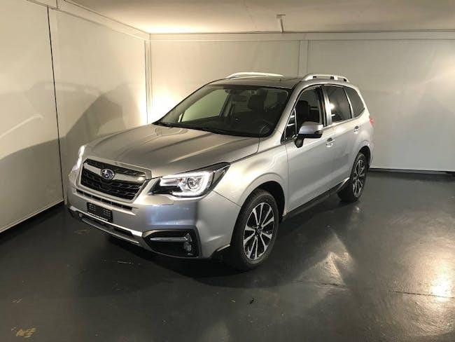 saloon Subaru Forester 2.0 Executive
