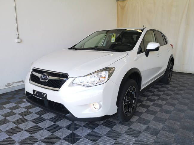 saloon Subaru XV 2.0i Swiss Two