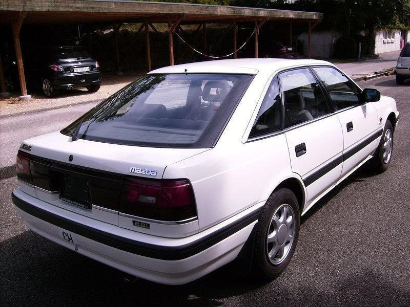 coupe Mazda 626 2.2i GLX A
