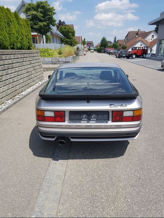 coupe Porsche 944 Turbo