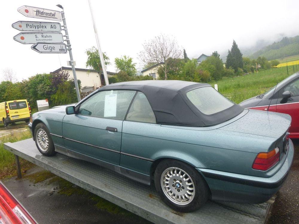 cabriolet BMW 3er 325i A Cabrio