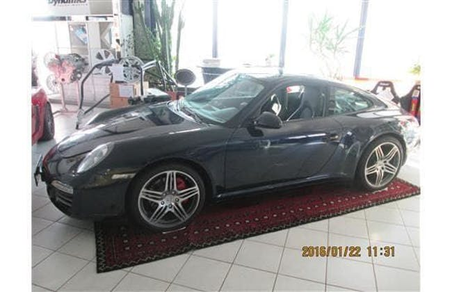 coupe Porsche 911 Carrera 4S