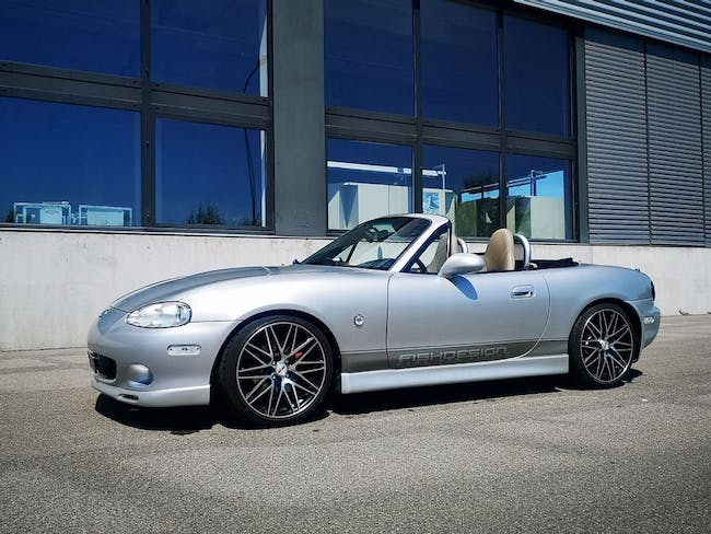 cabriolet Mazda MX-5 1.8i-16 Exclusive Youngster