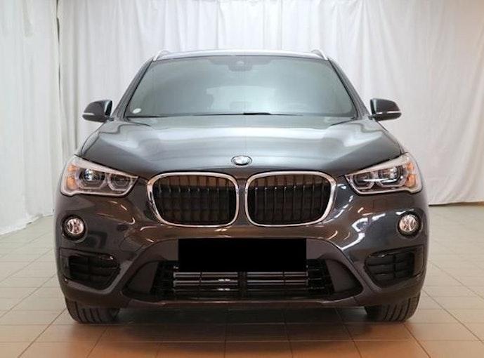 BMW X1 xDrive 20i Steptronic 1 km 37'050 CHF - kaufen auf carforyou.ch - 1