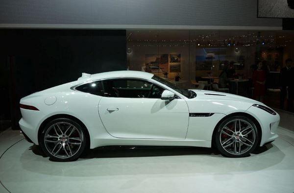coupe Jaguar F-Type Coupé 3.0 V6 S/C R-Dynamic Automatik