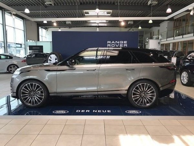 Land Rover Range Rover Velar D 240 SE Automatic 1 km 71'253 CHF - acheter sur carforyou.ch - 1