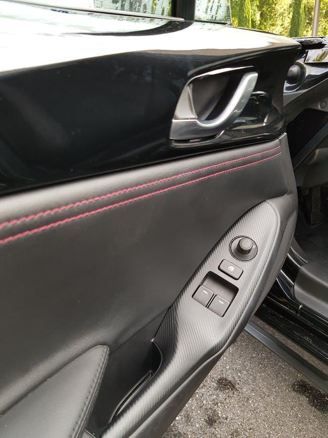 cabriolet Mazda MX-5 2.0 Revolution