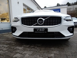 estate Volvo V60 2.0 D3 R-Design AWD