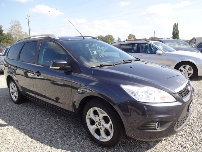 estate Ford Focus 2.0i Carving Automatic