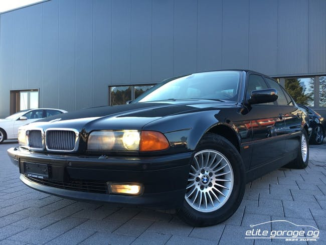 saloon BMW 7er 740i