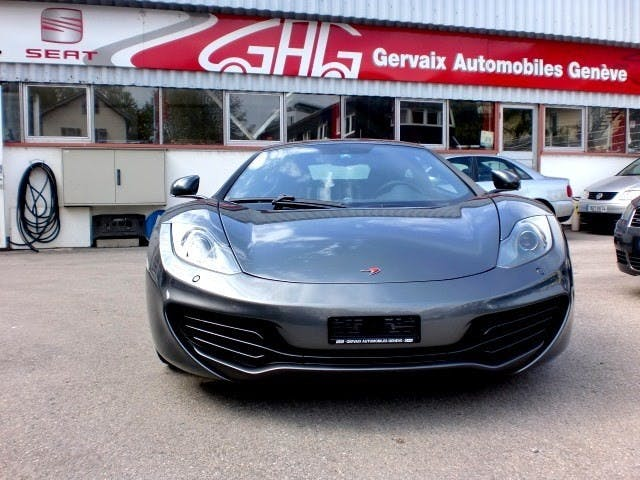 coupe McLaren MP4-12C Coupé 3.8 V8 SSG