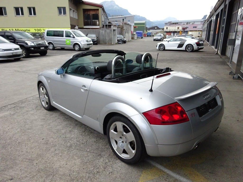 cabriolet Audi TT Roadster 1.8 T quattro