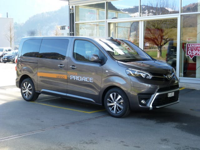 bus Toyota Proace Verso Family L1