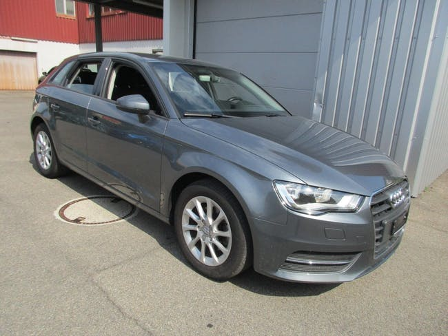 saloon Audi A3 Sportback 1.4 TFSI Attraction S-tronic