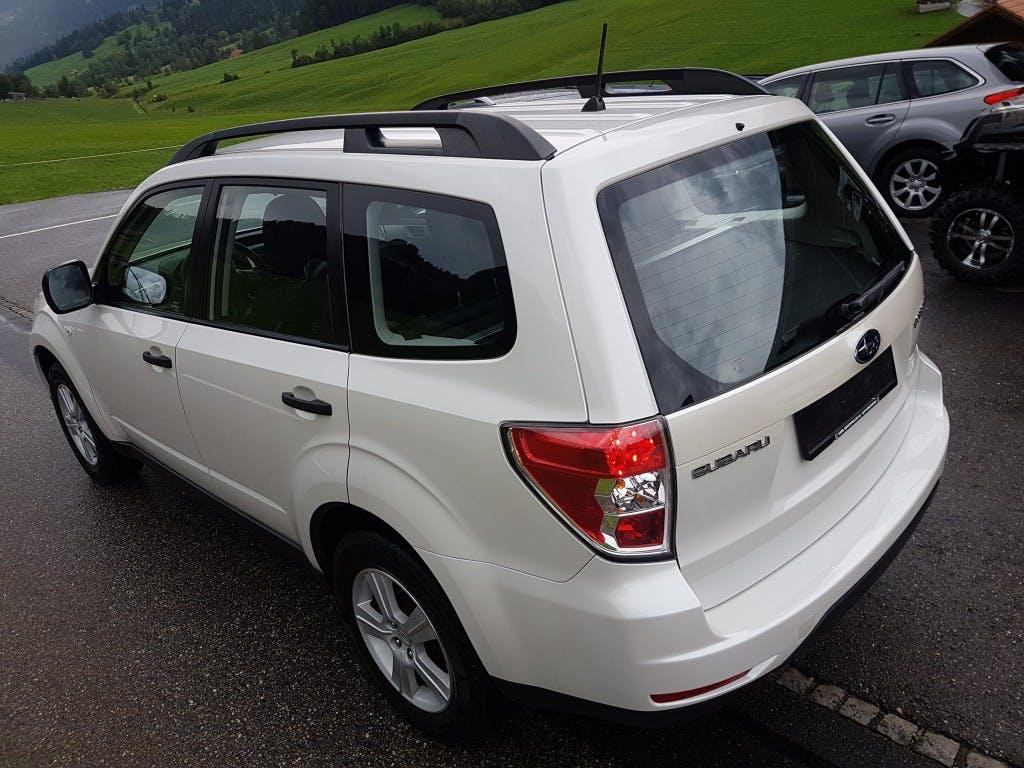 suv Subaru Forester 2.0X Swiss Automatic