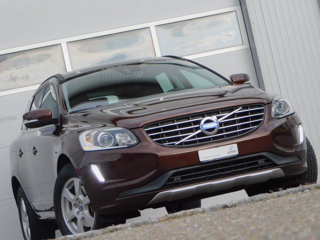 suv Volvo XC60 D4 AWD - SWISS EDITION