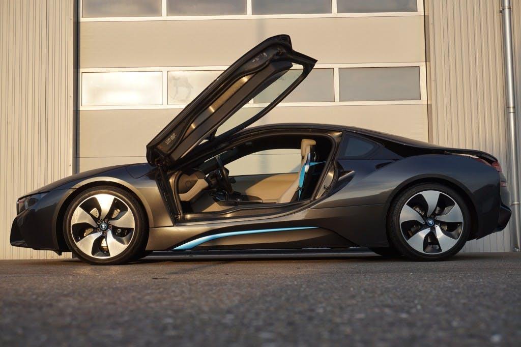 coupe BMW i8 Coupé - EXCLUSIVE PAKET