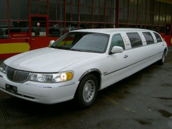 saloon Lincoln Town Car 8 PLÄTZER