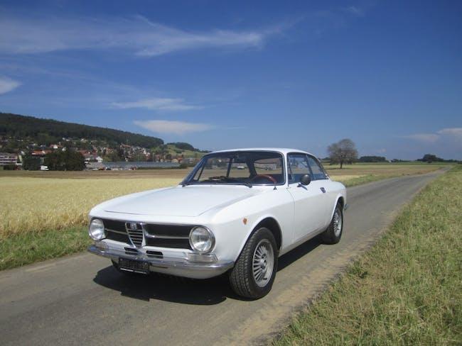 coupe Alfa Romeo GT 1300 Junior