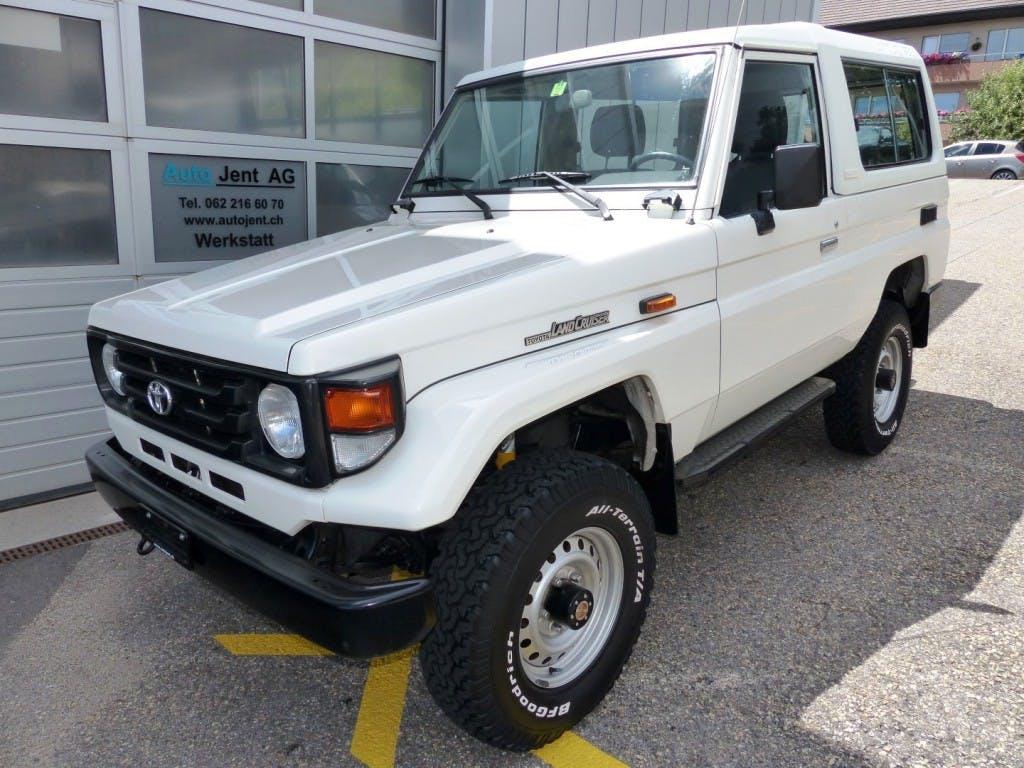 suv Toyota Land Cruiser 400 HdT 4.2 D HZJ74