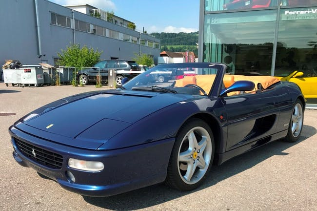 cabriolet Ferrari F355 Spider