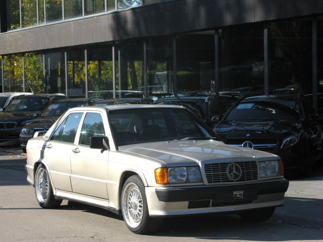 saloon Mercedes-Benz C-Klasse 190 E 2.5-16 Automatic
