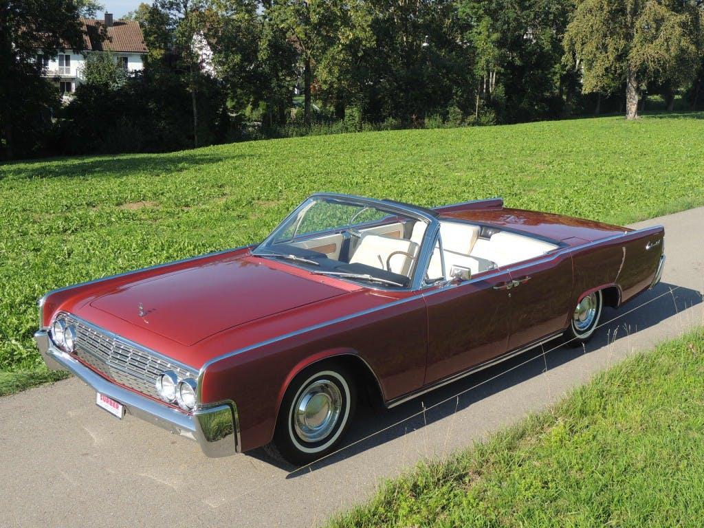 cabriolet Lincoln Continental 4-türiges Cabriolet