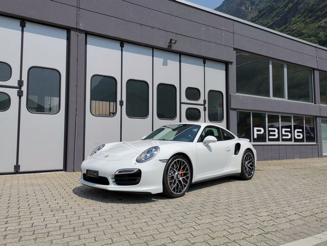 coupe Porsche 911 Turbo PDK
