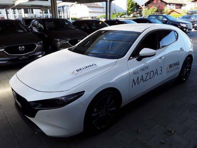 saloon Mazda CX-30 3 2.0/122 Revolution