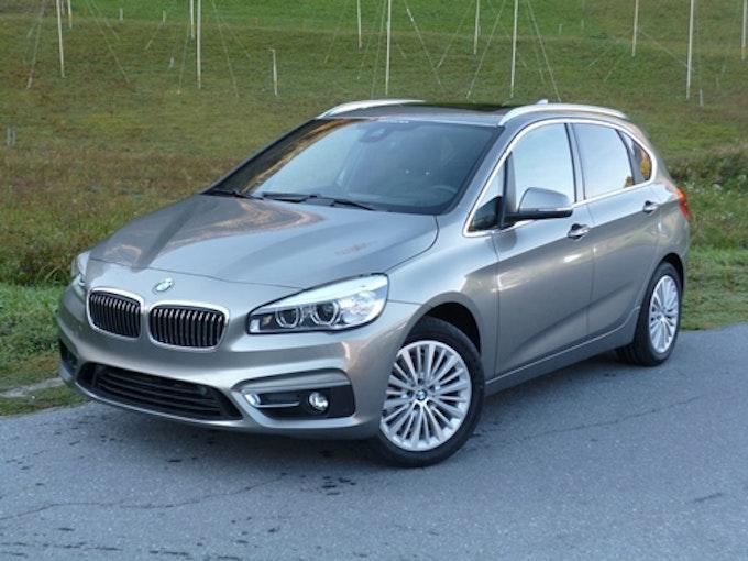 BMW 2er 220d xDrive Active Tourer 29'800 km 29'900 CHF - acheter sur carforyou.ch - 1