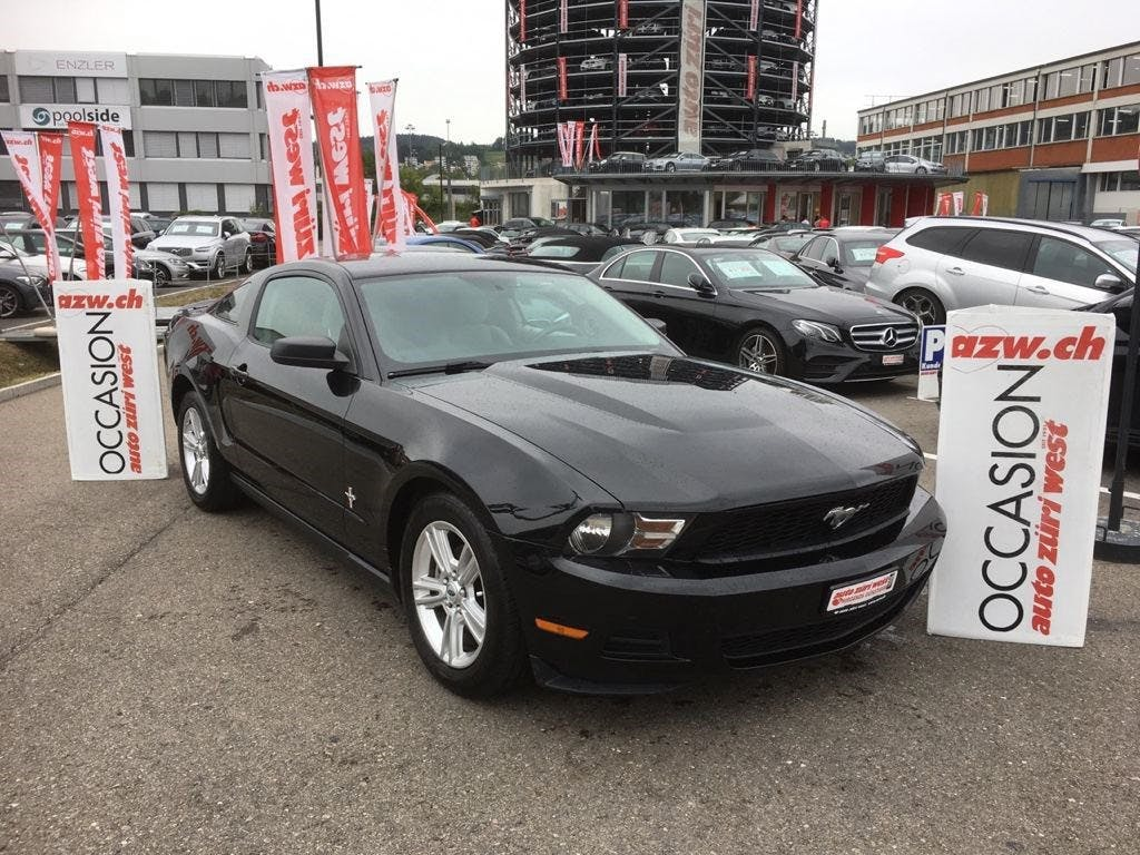 coupe Ford Mustang Fastback 4.0 V6
