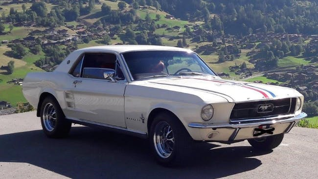 coupe Ford Mustang 289 Motor Wimbledon White