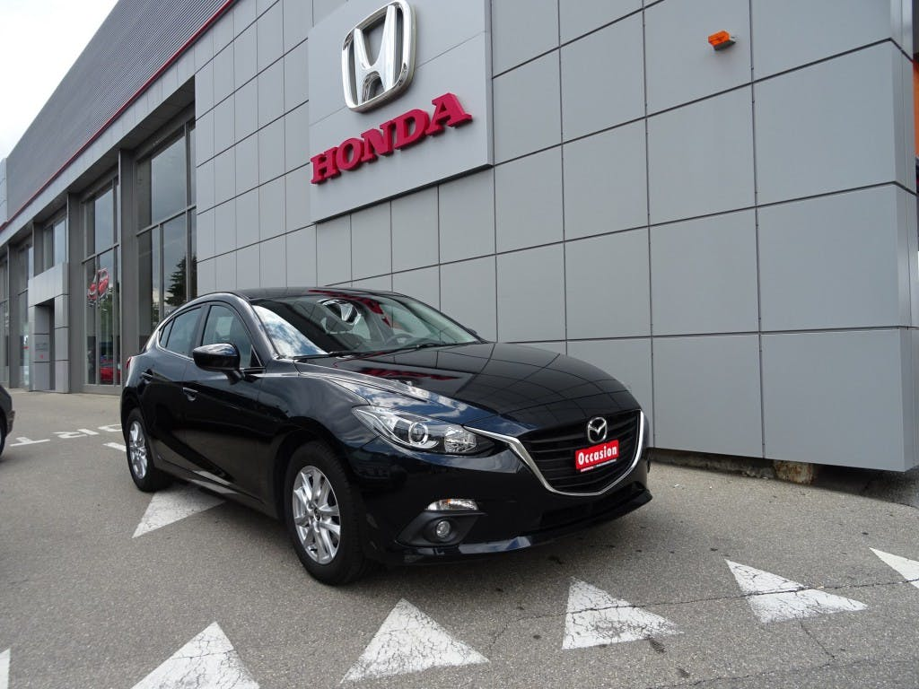 saloon Mazda 3 D 105 Ambition