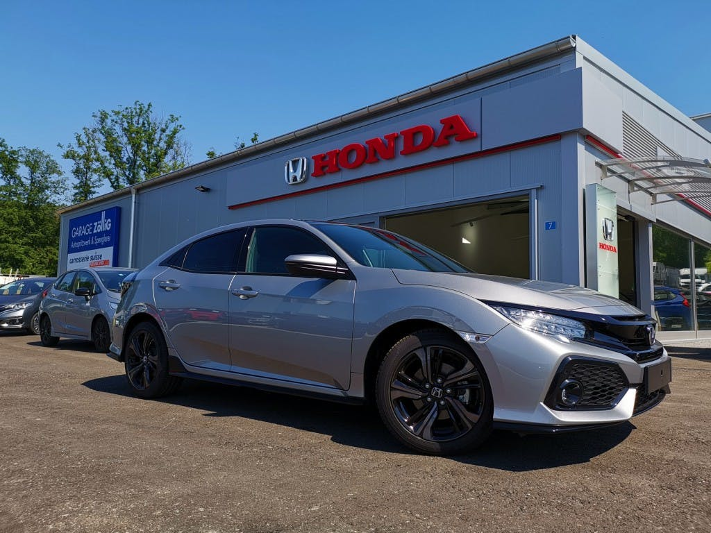 saloon Honda Civic 1.5 VTEC Sport Plus*