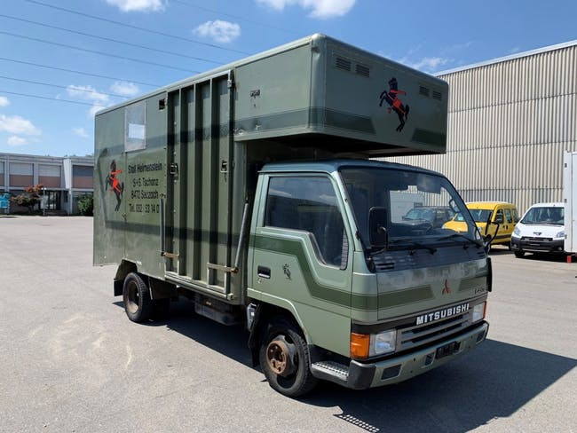 pickup Mitsubishi Canter FB 35 D 335