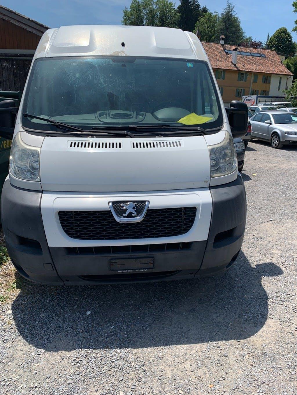bus Peugeot Boxer 2.2 HDI 333 Premium L2H2