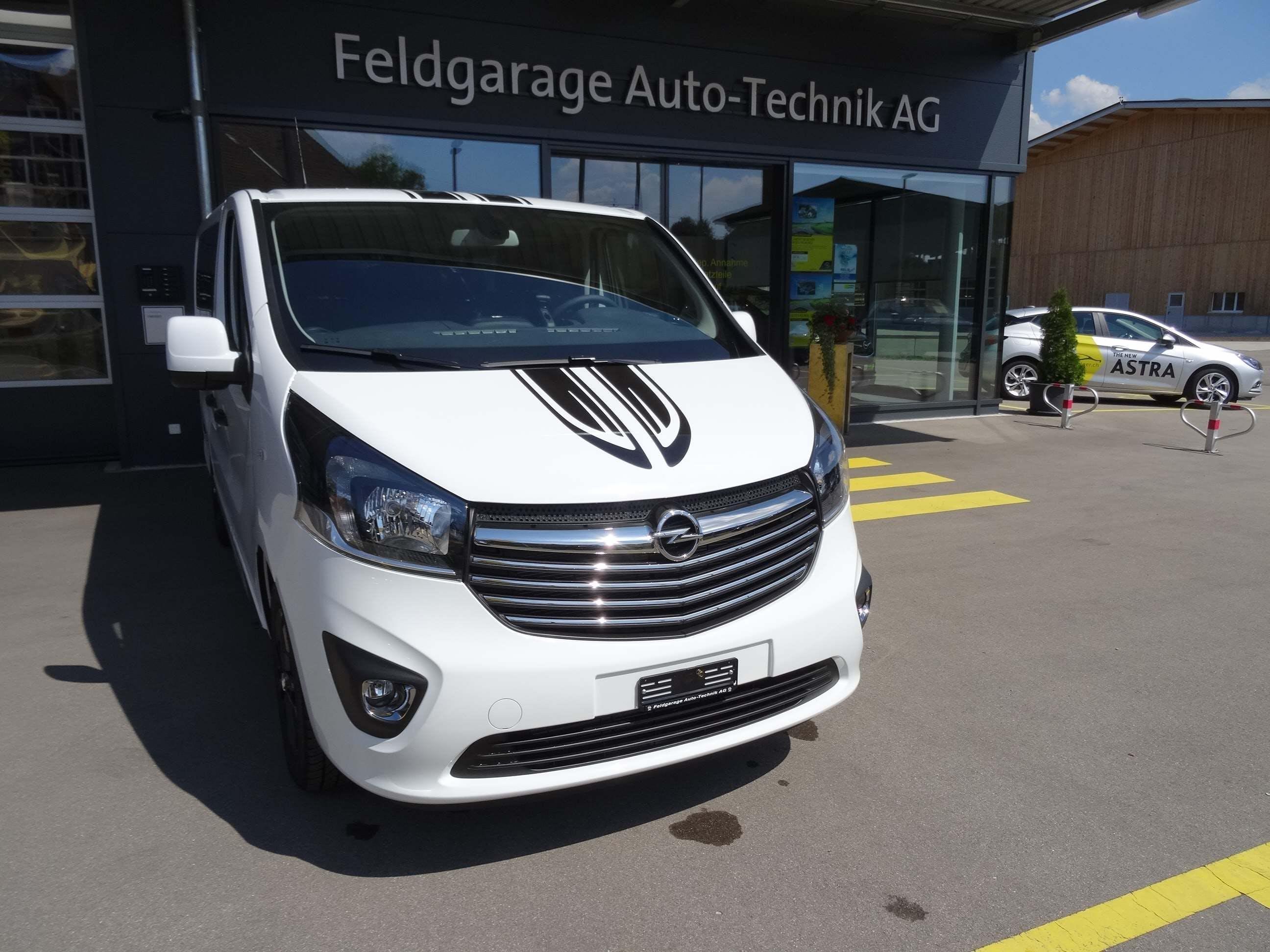 bus Opel Vivaro Ko.2.9t L1H1 1.6 CDTI 145 Sport