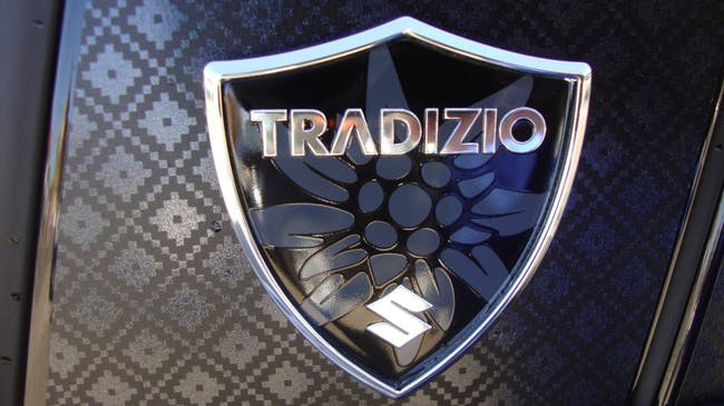 saloon Suzuki Swift 1.0 12V Tradizio