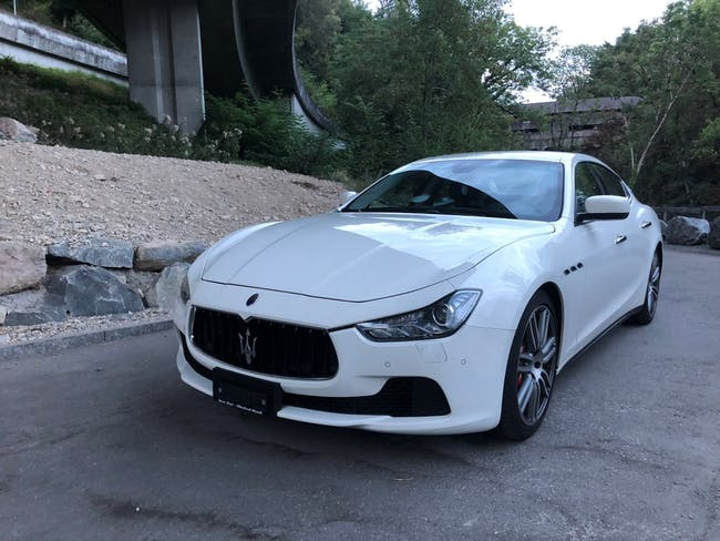 saloon Maserati Ghibli D 3.0 V6 Automatica
