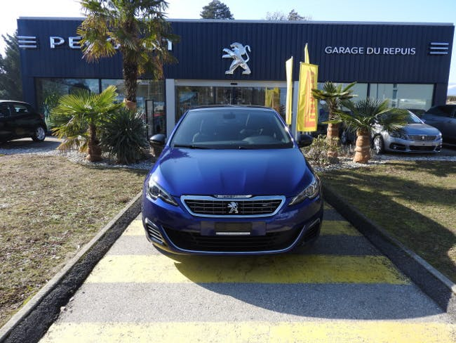 saloon Peugeot 308 2.0 BlueHDI GT