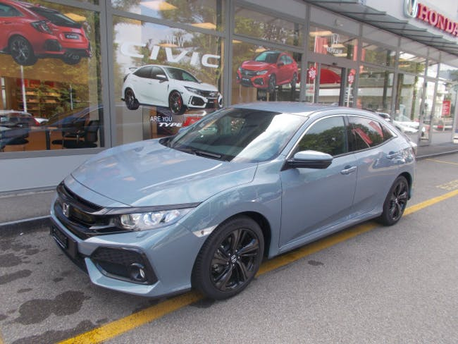saloon Honda Civic 1.0 VTEC Executiv P