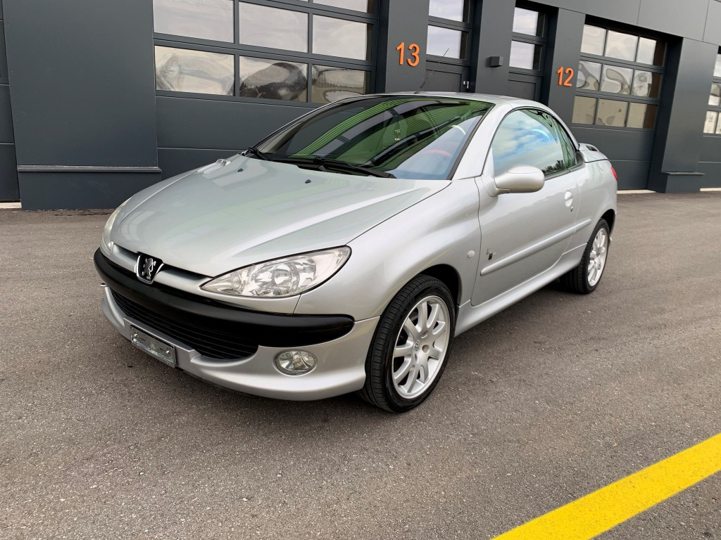 Buy Convertible Peugeot 206 Cc 2 0 16v Black Silver Edition On