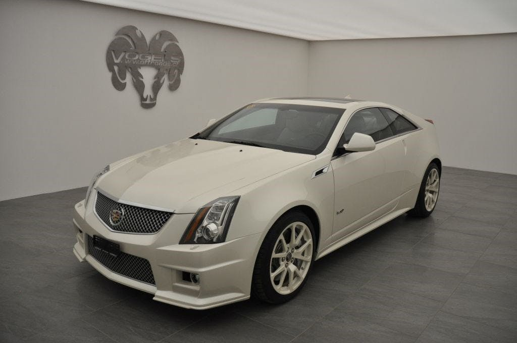 coupe Cadillac CTS CTS -V 6.2 V8 Coupé
