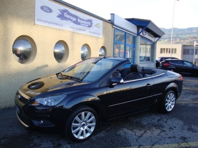 Ford Focus Coupé-Cabrio 2.0i 16V Titanium 109'000 km CHF7'777 - acheter sur carforyou.ch - 1