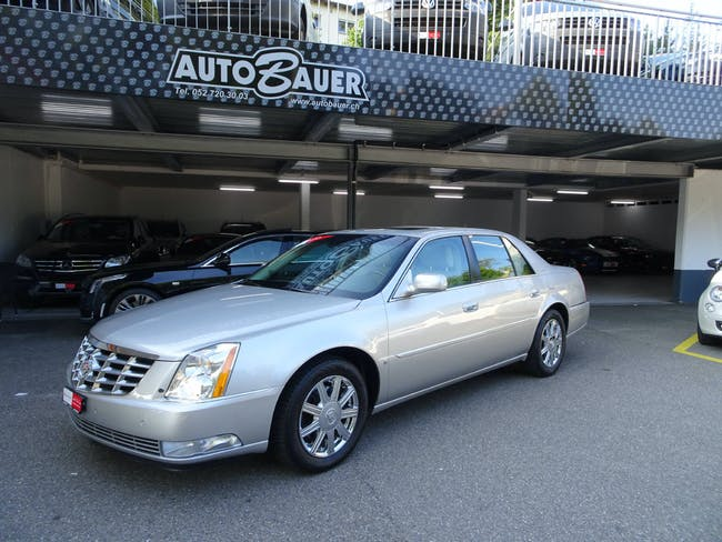 saloon Cadillac DTS 4.6 32V