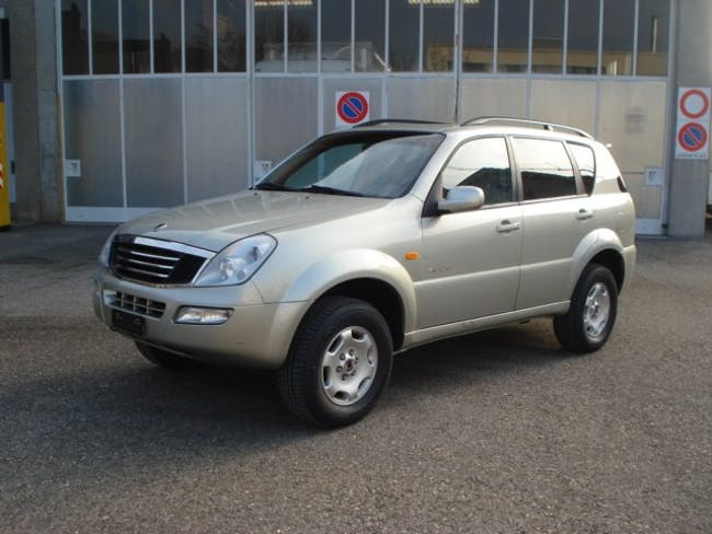 suv SsangYong Rexton RX320 Automatic